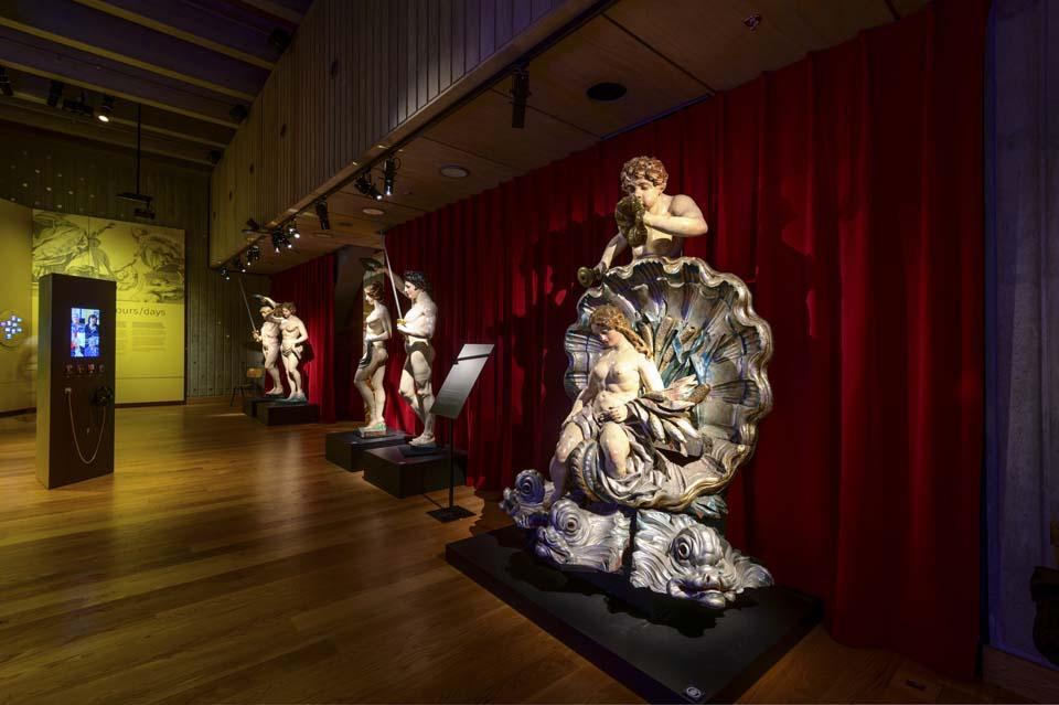 Organ_statues